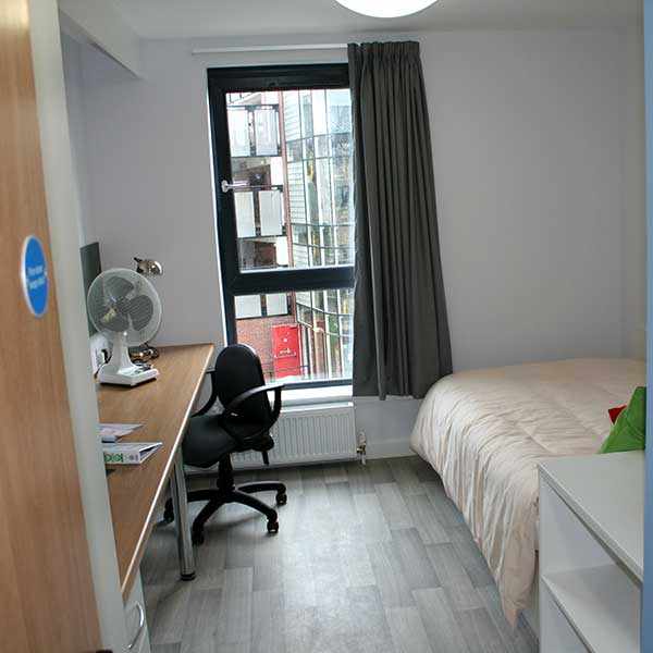 Ayr University Of The West Of Scotland Bedroom