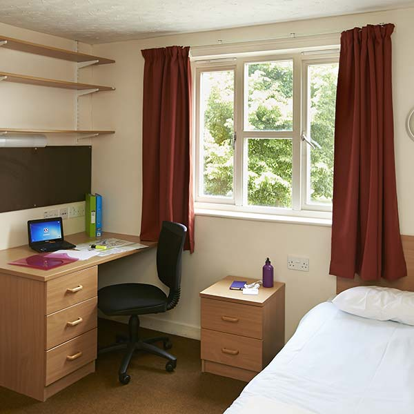 Colchester University Of Essex Suite Bedroom