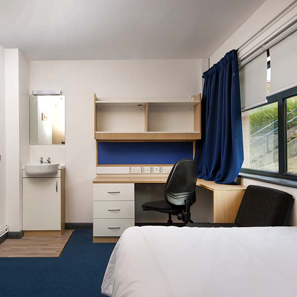 Oxford Brookes University Bedroom